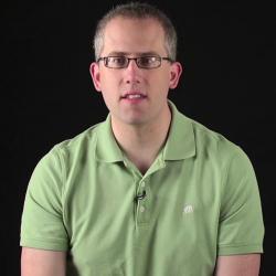 Fråga 42: Hur ska vi läsa och lyssna till Guds Ord? | Evangeliekatekesen